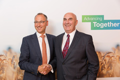 Werner Baumann (left), CEO of Bayer AG, and Hugh Grant, Chairman and Chief Executive Officer of Monsanto.