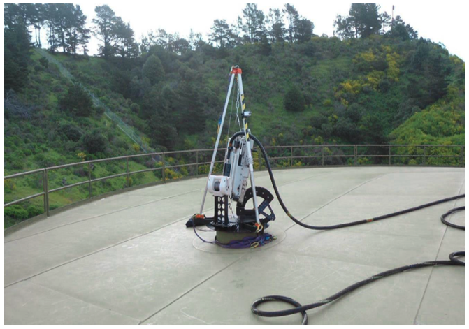 Figure 1. Deployment assembly on tank roof. Image courtesy of Diakont Advanced Technologies, Inc.